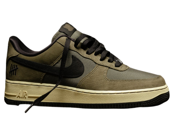 Nike Air Force 1 Low Undefeated Ballistic Dunk vs. AF1